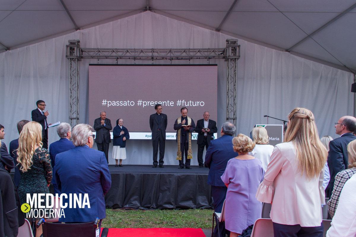 immagine delle autorità presenti all'inaugurazione del restyling di Villa Maria a Padova il 23 settembre 2017