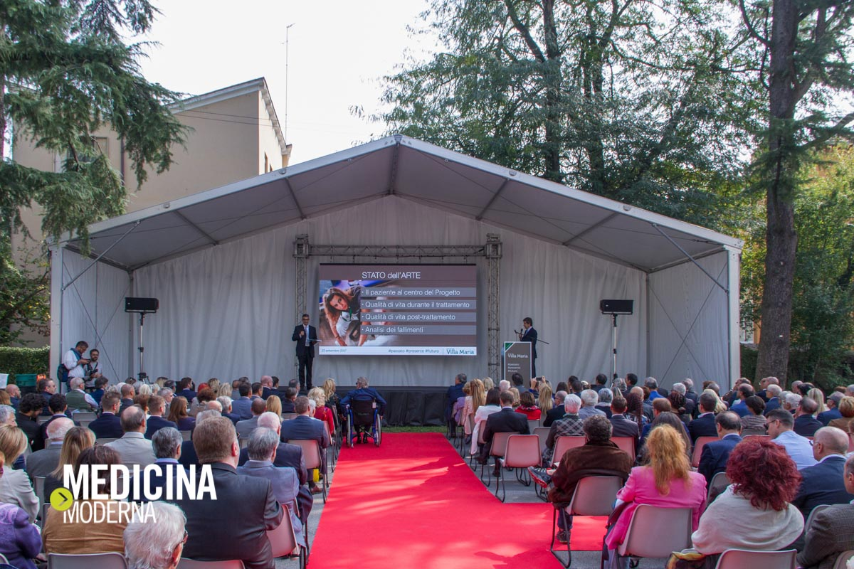 palco all'evento di inaugurazione del restyling di Casa di Cura Villa Maria