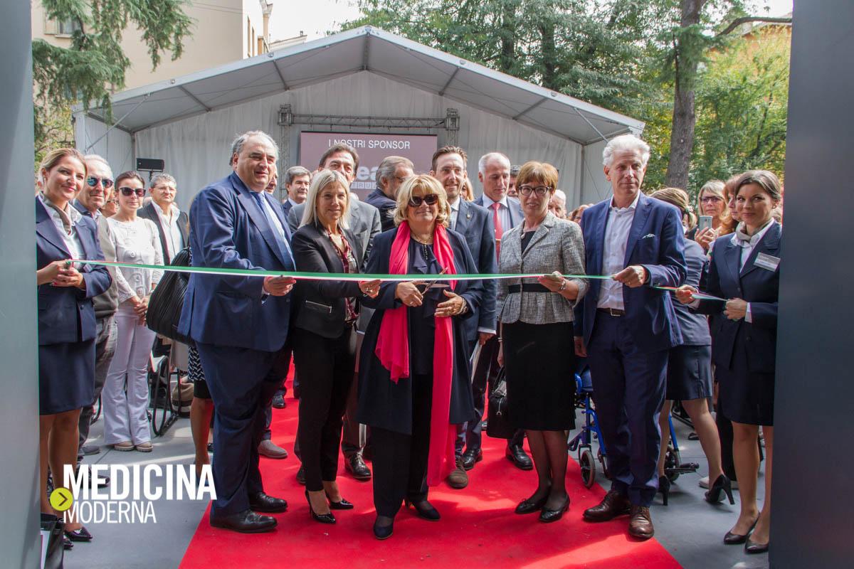 taglio del nastro a Casa di Cura Villa Maria, Padova, il 23 settembre 2017