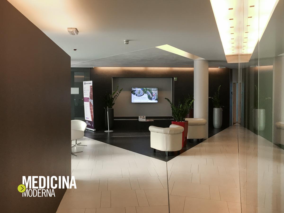 monitor in sala d'attesa presso Centro di medicina Day Clinic Verona
